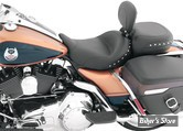 SELLE MUSTANG - WIDE SOLO SEATS AVEC DOSSIER - CHROME STUDDED SOLO SEAT - AVEC RIVETS CHROME