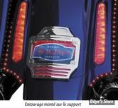 SUPPORT DE PLAQUE - KURYAKYN - TOURING FLTRSE CVO / FLHRSE CVO / FLHXSE CVO : ENTOURAGE CURVED AVEC ECLAIRAGE LED TRI-LIGHT - CHROME - 3145