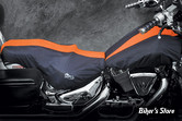 COUVERTURE DE RESERVOIR & SELLE - SOFTAIL FLST / FLSTS / FXSTB / FLSTF - BIKESHEATH - COULEUR : NOIR / ORANGE