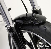 GARDE BOUE AVANT - POUR SOFTAIL MILWAUKEE-EIGHT® FXBR / FXBRS 18UP / FXBS 13/17 - CULT WERK - VERSION V1 - NOIR BRILLANT