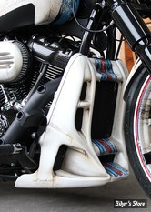CACHE RADIATEUR - SOFTAIL MILWAUKEE-EIGHT® FXBR/S / FXDRS 18UP - CULT WERK - CULT-WERK RADIATOR COVER RACING - A PEINDRE - HD-BRO039