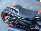 GARDE BOUE AR - CULT WERK - RACING 2 SEATER - VROD / NIGHT ROD 07UP - SELLE INCLUSE
