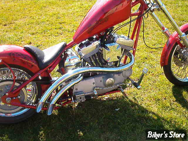 "2007 - 4 Sportster Rigide ""Chopper"", avec pneu de 200."